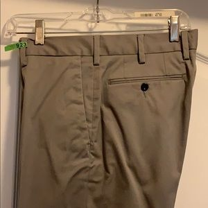 Stretch straight fit chino pants